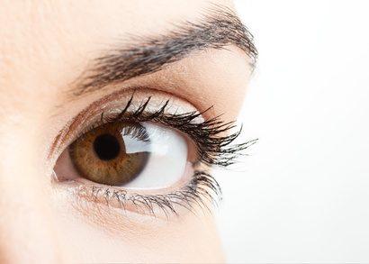 yeux cernes