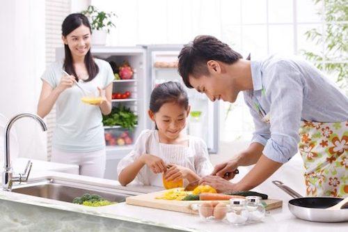 Enfant fruits et légumes