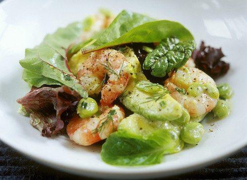 Salade d'avocats et crevettes.