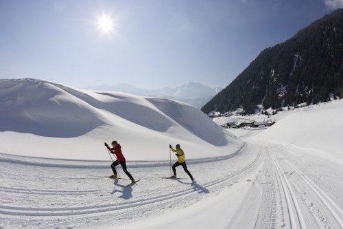 Le ski de fond, un sport pour brûler les calories.