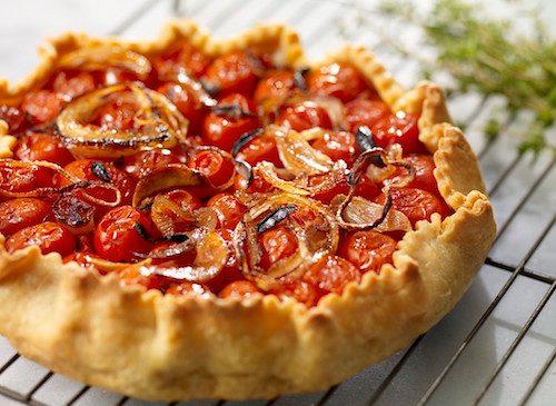 Tarte aux tomates cerise.